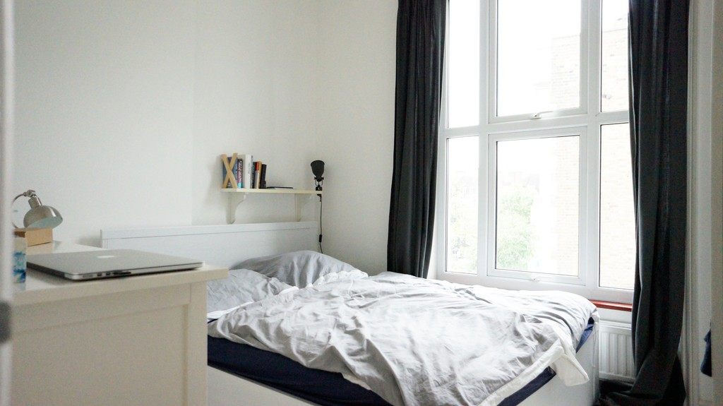 1 Double Bed Flat